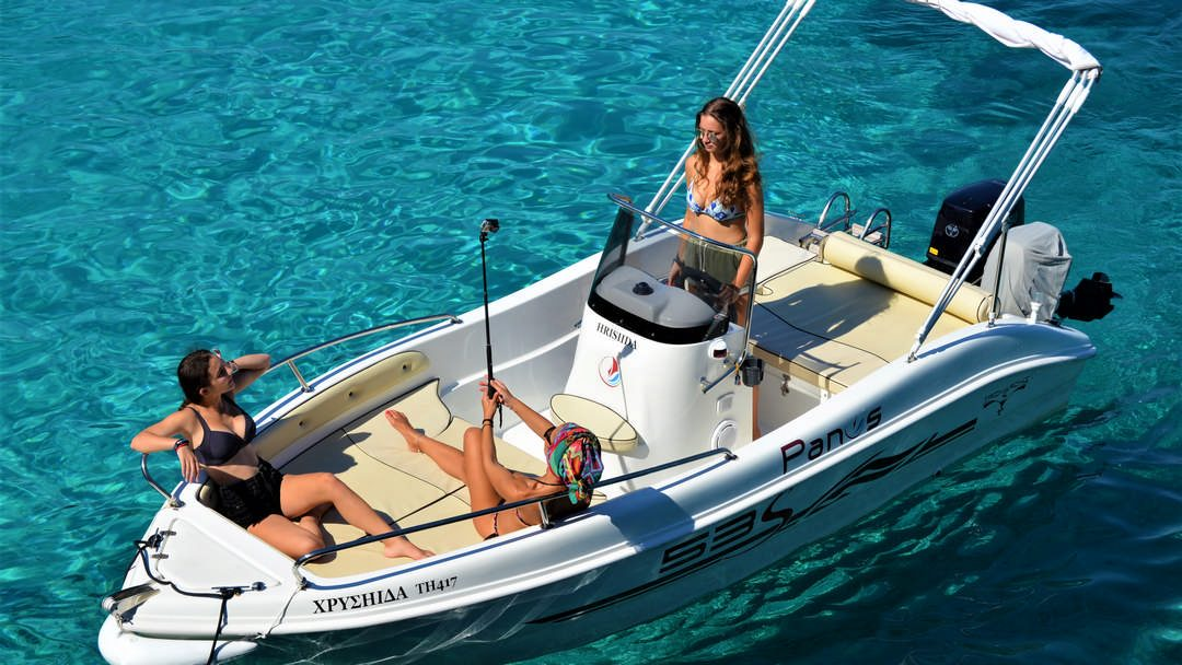 Chrisiida | 30-50 HP Deluxe Boat for hire in Paxos