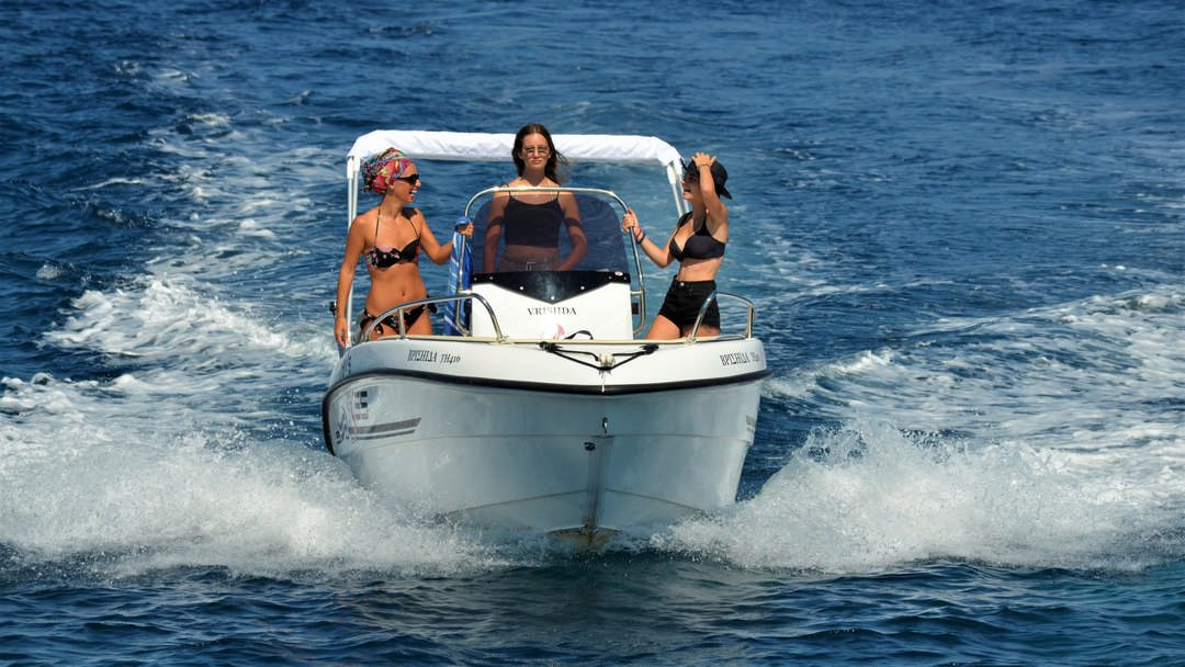 Vrisiida | 30-60 HP Deluxe Boat for rent in Paxos